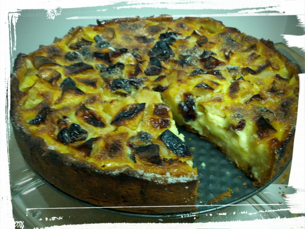 Apple Kuchen: Not sure whether it's a custard or a tart, but it's definitely yummy!