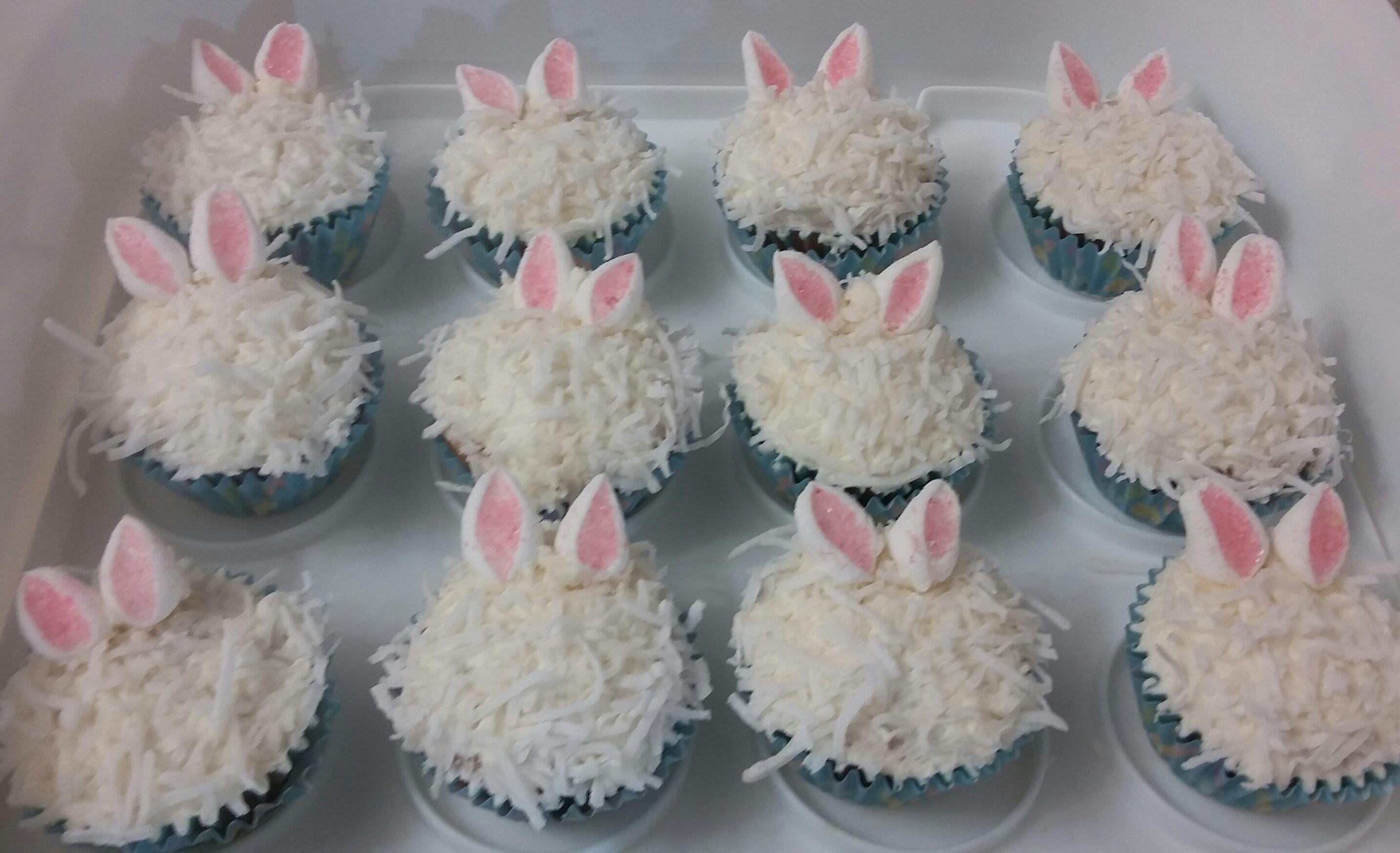 Baby bunnies! OMG sooooo fluffffy!