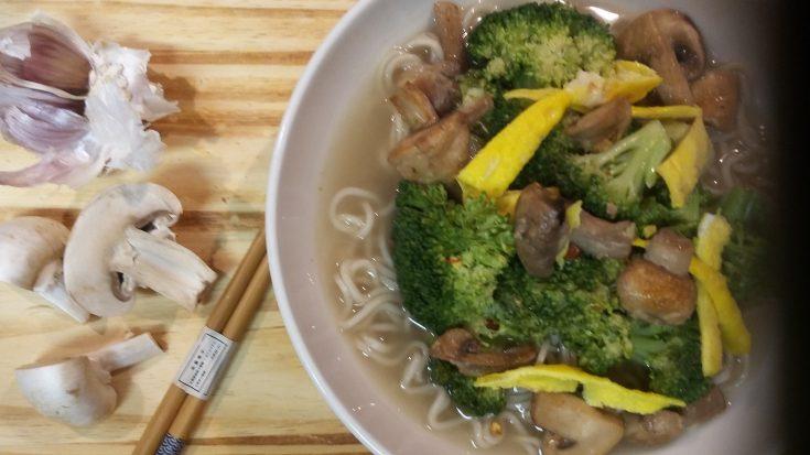 Ginger Garlic Broccoli & Mushroom Ramen Soup
